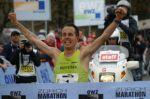 siegerpose am zürich marathon 2007, so sehen wir ihn natürlich am liebsten
